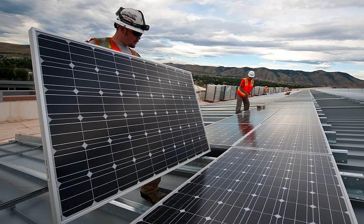 Czy kupno paneli słonecznych w ogóle się opłaca?