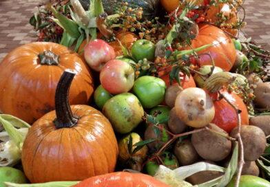 Jakie warzywa i owoce można kupić w październiku?